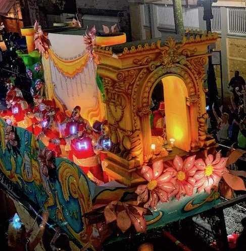 Heme For 2020 Christmas Prade 2020 Theme & Throw Updates: What's New With Your Favorite Krewes